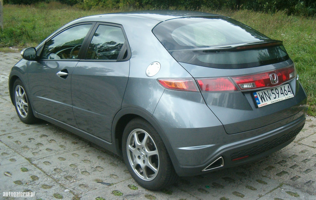 Фото HONDA CIVIC VIII Hatchback (FD_)